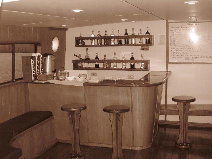 sailing Galapagos islands bar